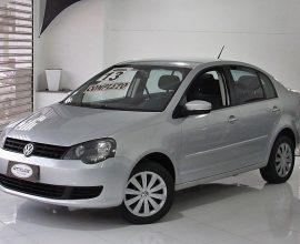 Volkswagen Polo Sedan 1.6 Vht Total Flex 4p 2013